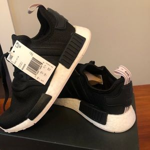 Women's Adidas Sneakers - NWT